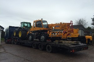 KATO CR100 LOADED FOR DELIVERY TO CUSTOMER IN UK