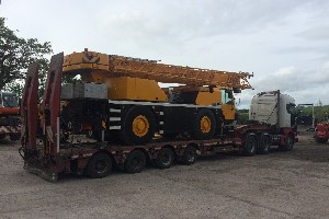 LIEBHERR LTM1030-2 LOADED FOR DELIVERY TO N. IRELAND