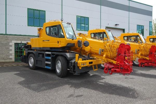 New Model KATO City Cranes for 2018