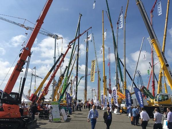 KATO at Vertikal Exhibition 2017